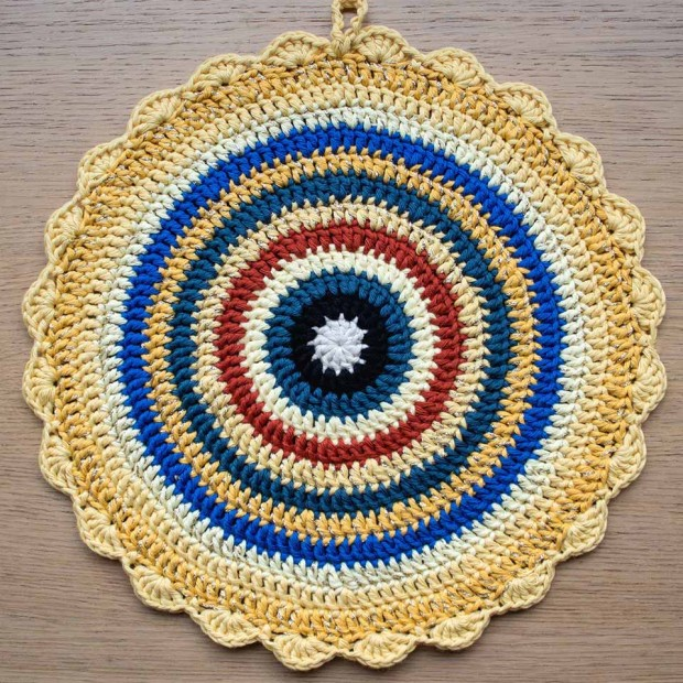 king tut crochet mandala