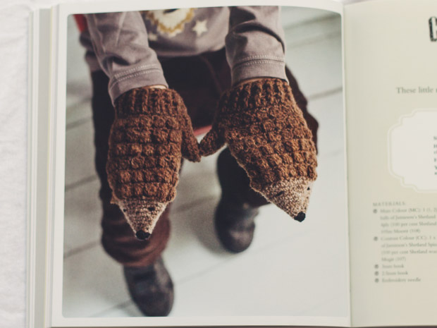 crochet-at-play_mitts