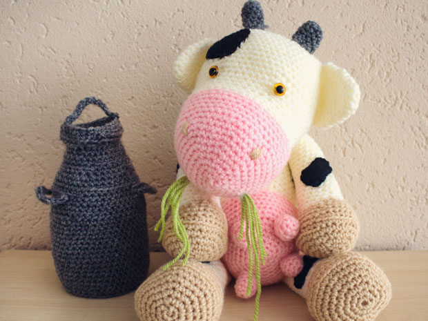 Crochet Cow Pattern - thefriendlyredfox.com | 465x620