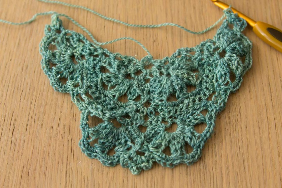 acreativebeing-seafoam-green-lace-shawl-2