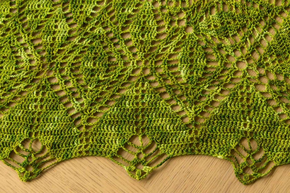 acreativebeing-shawl-wars-part-II-gathering-leaves-shawl-3